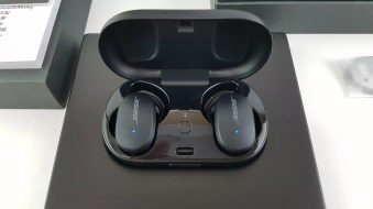 Bose QuietComfort Noise Cancelling Earbuds-Black