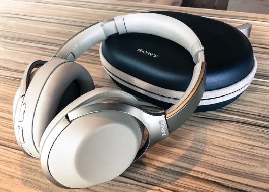 Review: Sony MDR 1000X - The Best Noise-Canceling Headphones?