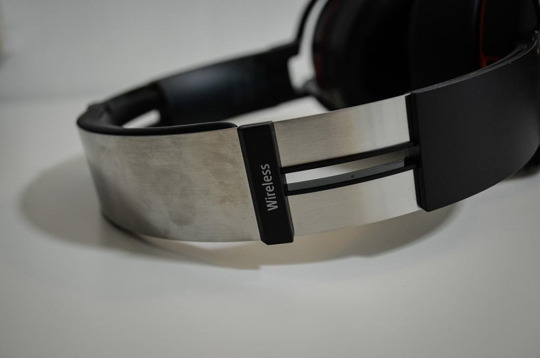 Sony MDR-XB950B1 EXTRA BASS™ Wireless Headphones D
