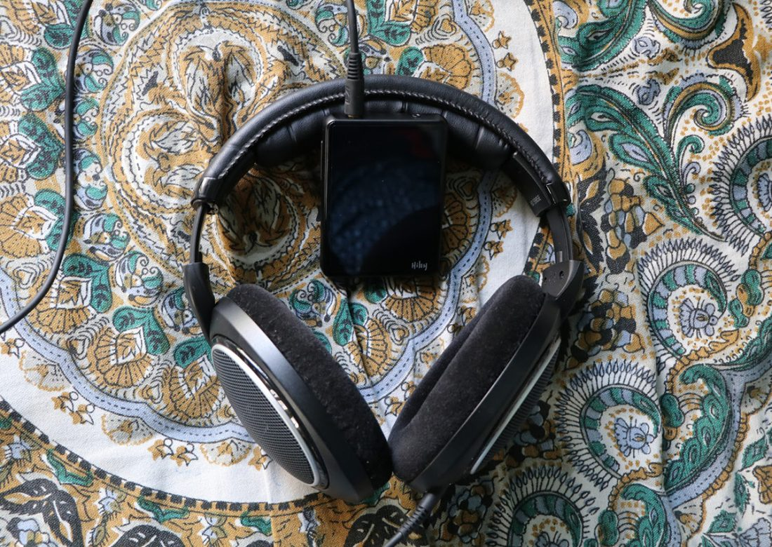 Sennheiser HD 598SE paired with the Hiby R3