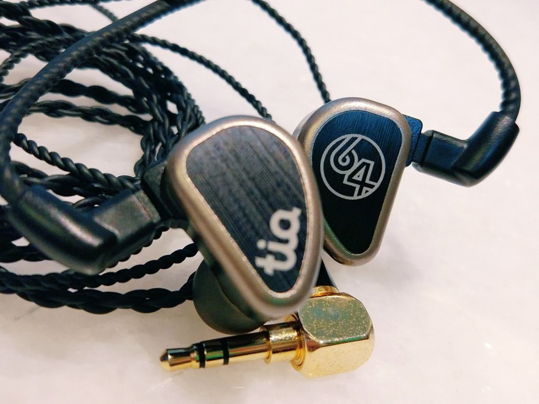 64 Audio Tia Trio