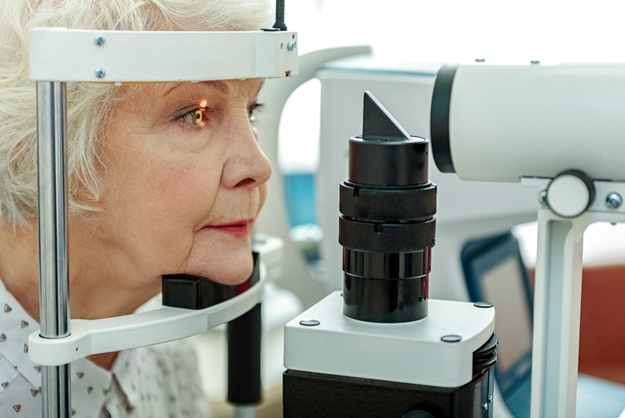 Aging | What Causes Cataracts?