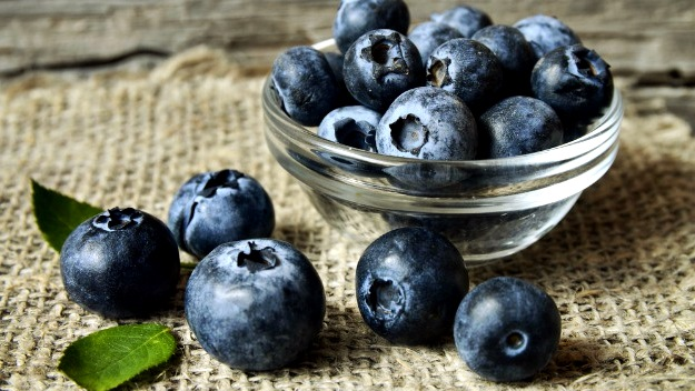Cherries and Blueberries | How To Prevent Glaucoma Naturally