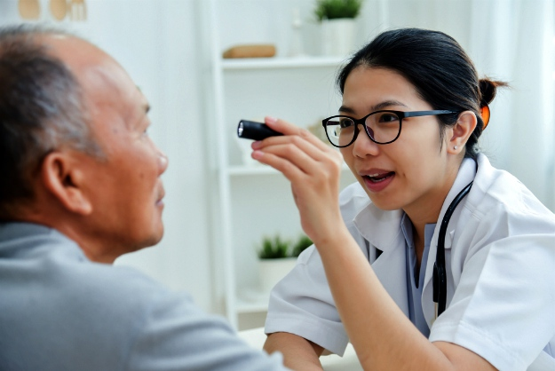 Sudden Changes to Your Vision   What Are The Signs Of Glaucoma?