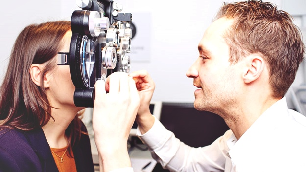 When Do You Need to See an Eye Doctor? | What Causes Dry Eyes | Healing The Eye