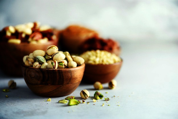 Nuts | Macular Degeneration Prevention | What foods are high in zinc?