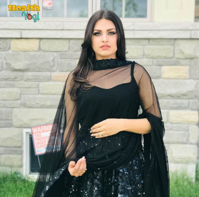 Himanshi Khurana Beautiful HD Photo