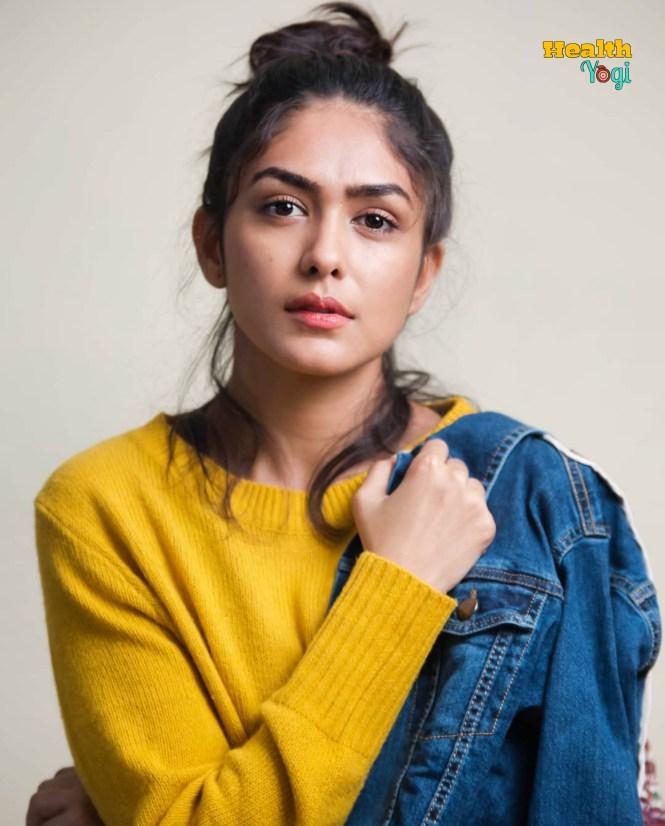 Mrunal Thakur Diet Plan and Workout Routine | Beauty Secrets | Body Stats 2019