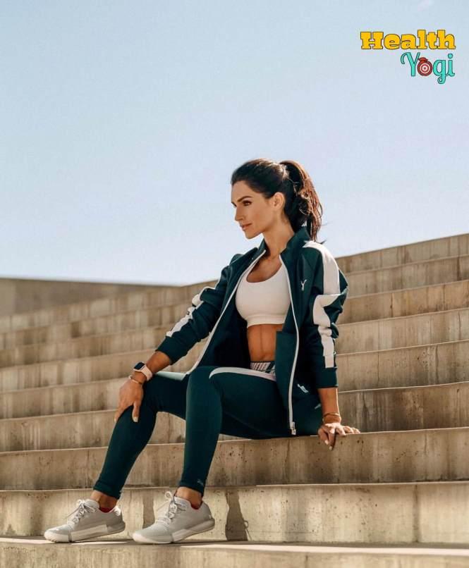 Alexia Clark Fitness HD Photo