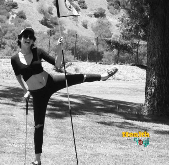 Ana De Armas training