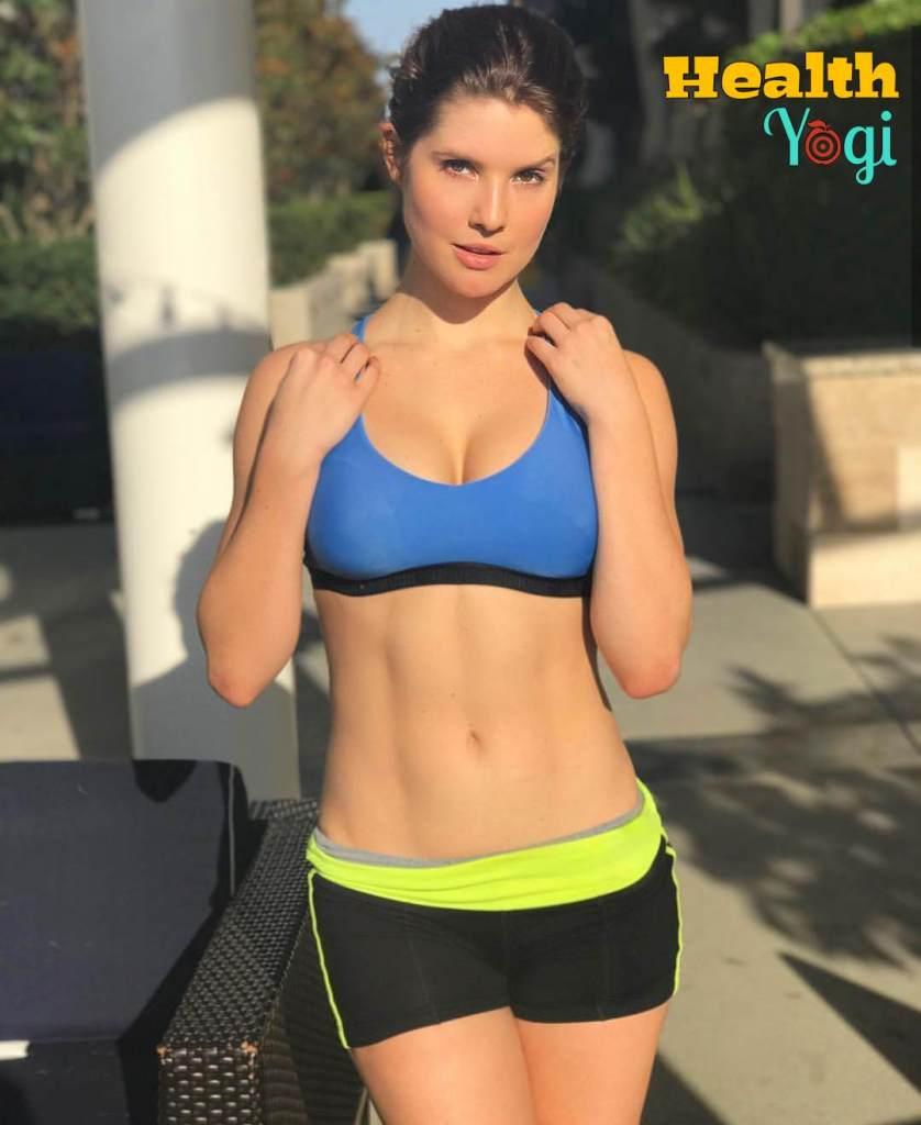 Amanda Cerny Abs Exercise