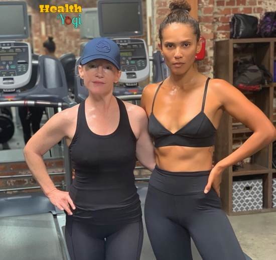 Lesley-Ann Brandt at Gym