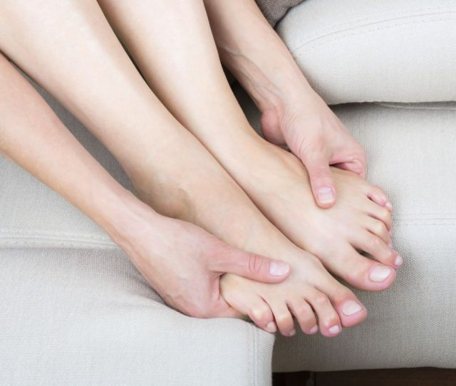 How To Massge Your Feet