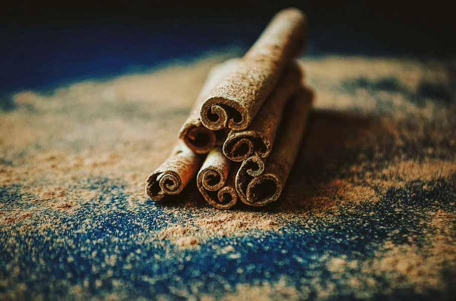 raw-cinnamon-diabazole-ingredients-powder