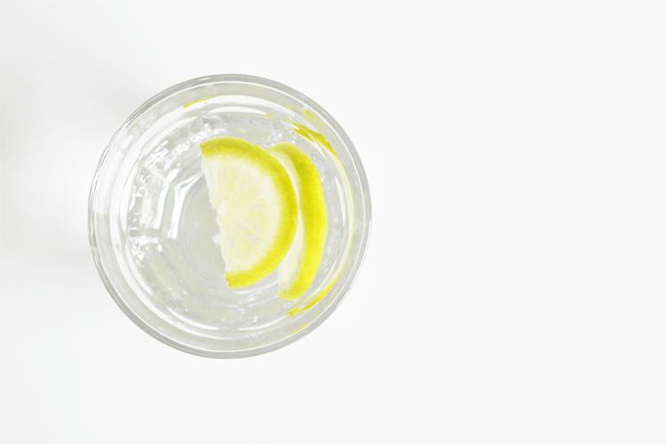 5 signalen dat je te weinig water drinkt
