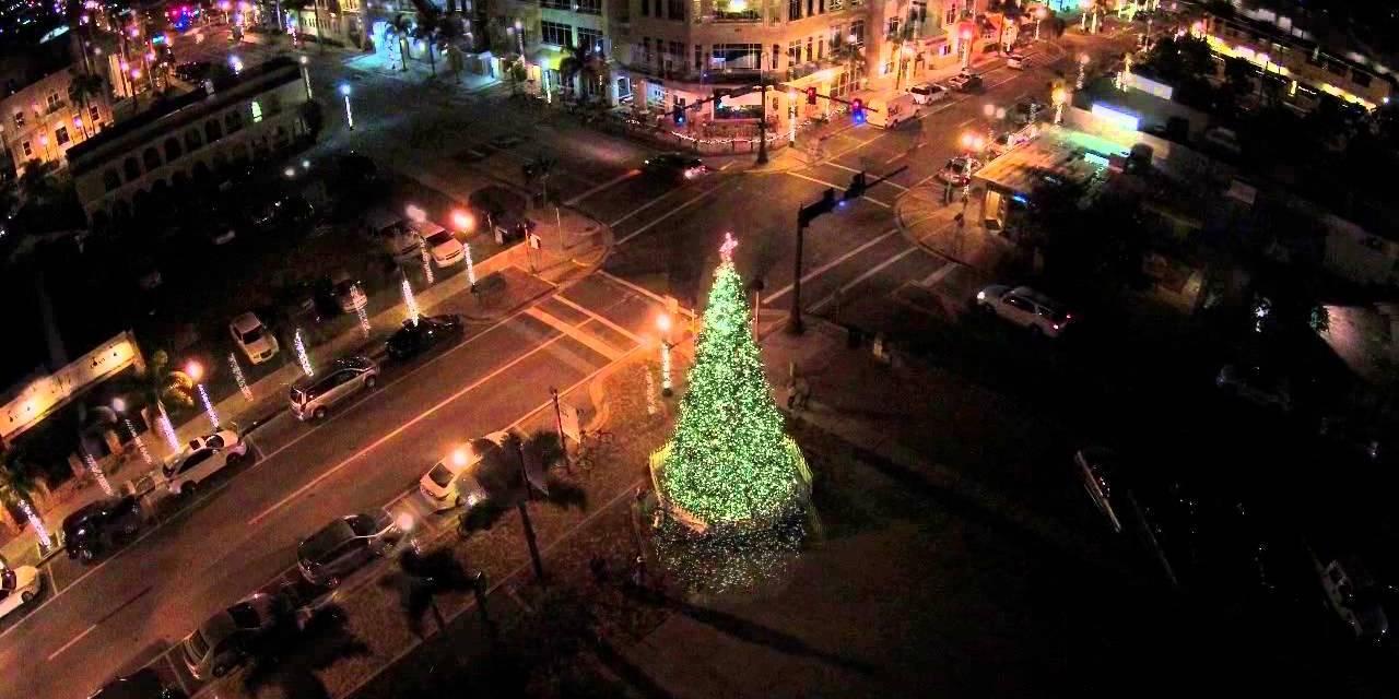 Downtown Punta Gorda, Florida Christmas Parade Happens This Saturday, December 6th