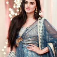 Pakistani beauty Hira Mani