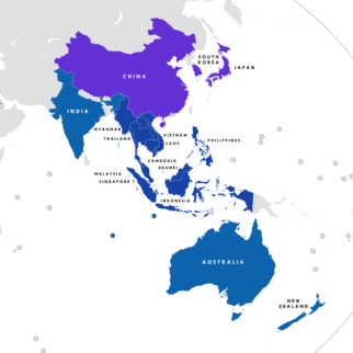 ASEAN Plus Six countries. By Tiger7253 (Own work) [CC BY-SA 4.0 (http://creativecommons.org/licenses/by-sa/4.0)], via Wikimedia Commons