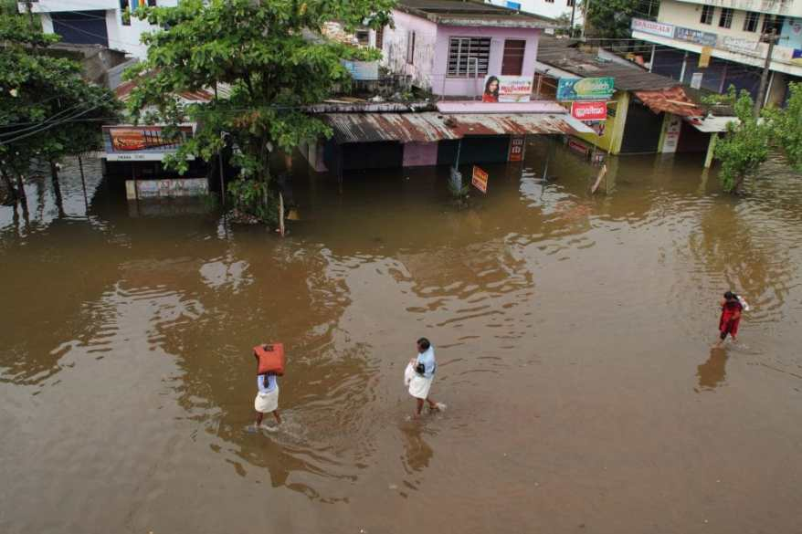 Flooding. Risk of infectious disease outbreaks. Copyright: <a href='https://www.123rf.com/profile_ajijchan'>ajijchan / 123RF Stock Photo</a>