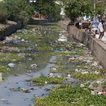 A plastic-polluted river in Tamil Nadu. Image credit: РікÑ'Ð¾Ñ€Ñ Ð†Ð²Ð°Ð½ÐµÑ†ÑŒ / 123rf