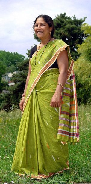 India's sari weavers face poverty and disease