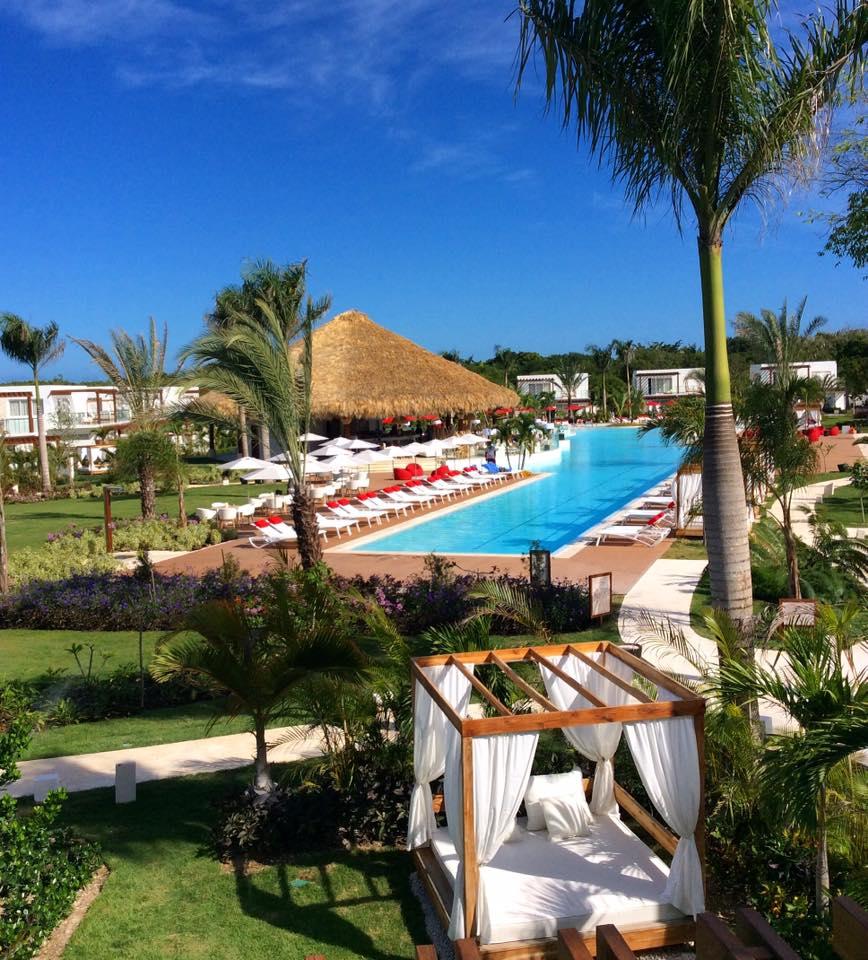 beach resort punta cana swimming pool