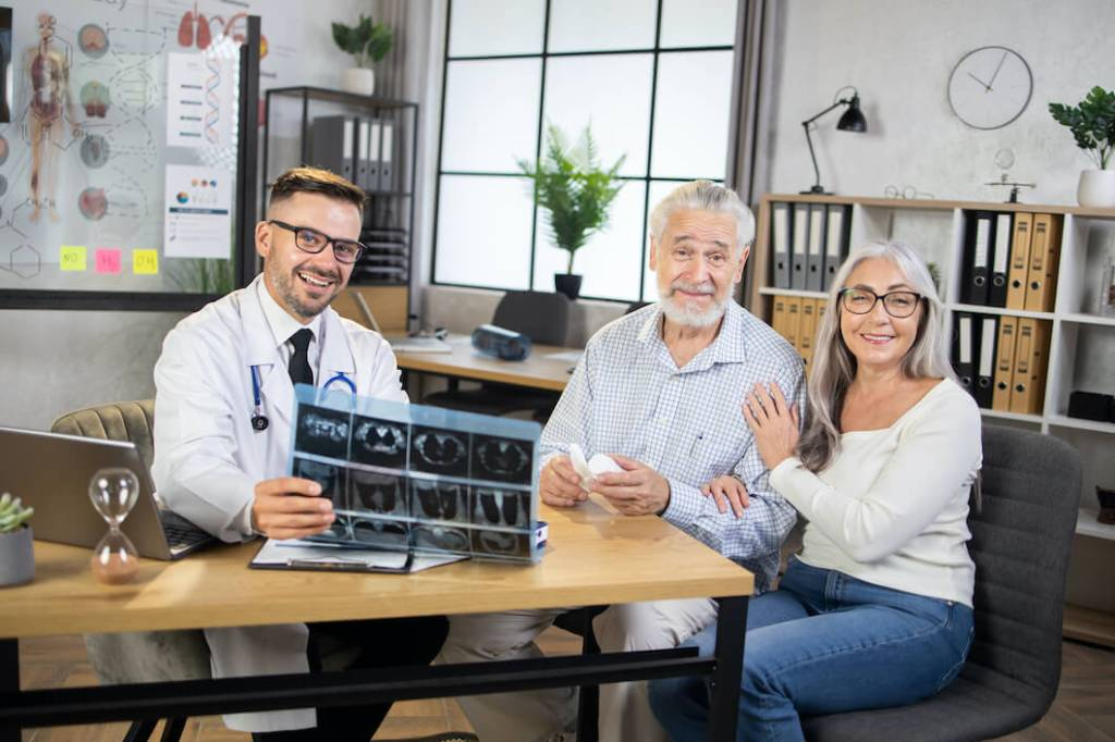health screening family doctor - old people