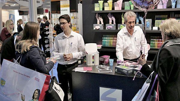 Bunt ging es bei der Präsentation der Produkte von Euronda zu.