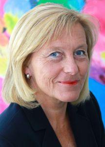 Dr. Vera Zylka-Menhorn moderiert die Podiumsdiskussion am 16.04.