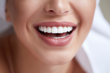 8 Oral Hygiene Tips for Healthy, White Teeth