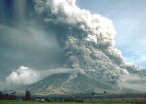 A 5-Km High Ash Column Produced Upon Mayon Volcano Explosion On Monday