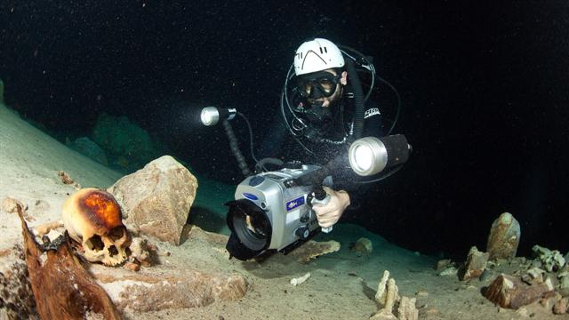 9000-Year-Old Human Remains Have Been Found In The Giant Flooded Cave System In Mexico