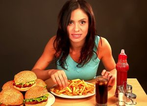 These Are The Most Harmful Foods And Ingredients For Women's Health