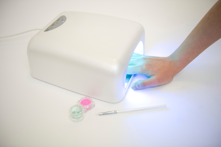 UV Lamps Used For Manicure Purposes Can Expose Women To Skin Cancer If Frequently Used