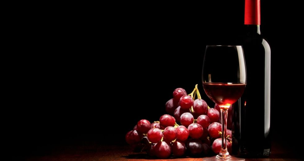Red Wine And Red Fruits Reduce The Risks Of Mental Illnesses Development