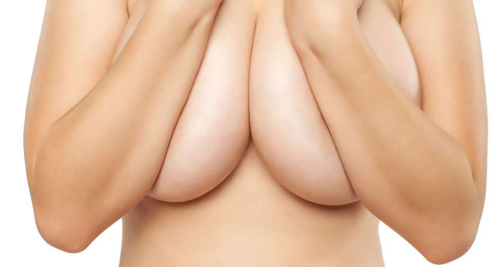 Breast Hypertrophy Makes Breasts Growing Without Limit In Women And Triggers Many Health Issues
