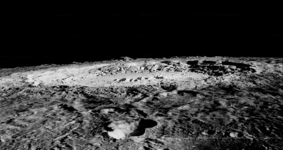 NASA Sued Over A Moon Dust Sample A Woman Claims To Be A Gift From Armstrong Himself