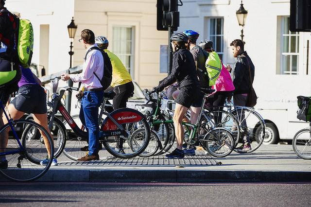 Riding Bikes Reduces Obesity, E-bikes Not As Healthy
