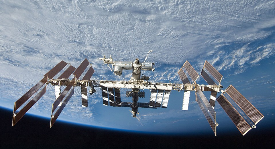 SpaceX And Boeing Won't Make Manned Flights To The ISS In 2019