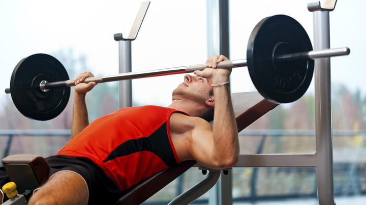 Weightlifting Reduces The Risk of Heart Attack and Stroke