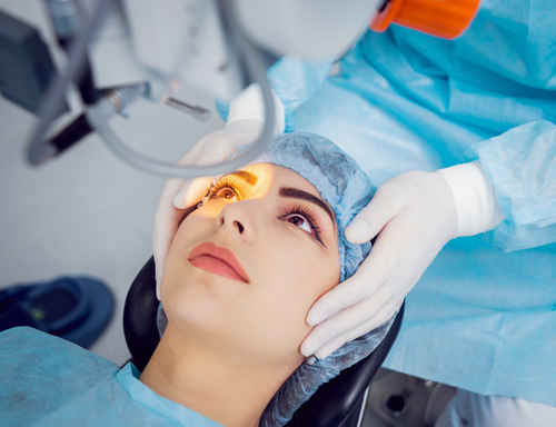 Laser Eye Surgery: How To Choose A Clinic That's Right For You