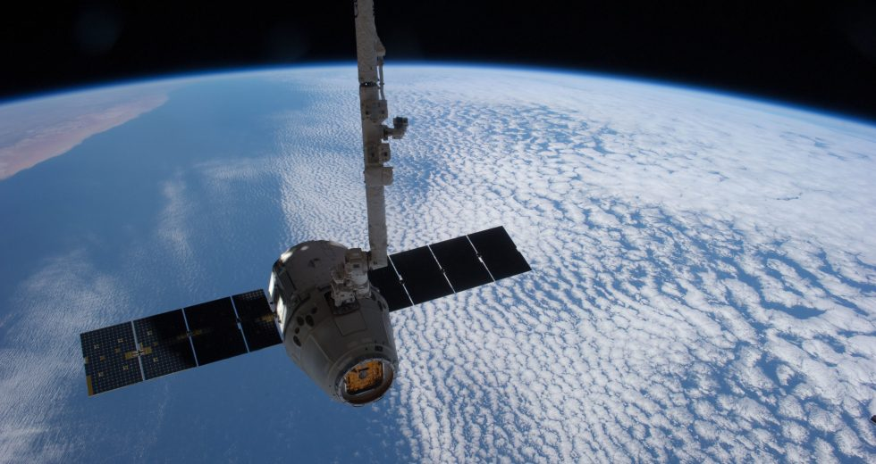 SpaceX Dragon Mission gets Astronauts in Fancy Suits