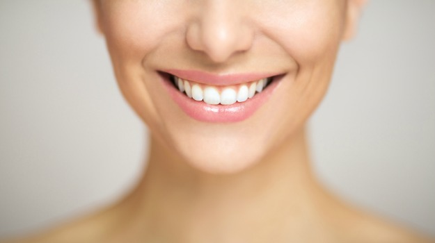 5 Different Ways to Whiten Your Teeth