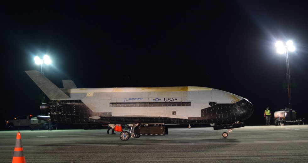 US Air Force's X-37B Space Plane Landed After 780 Days in Orbit
