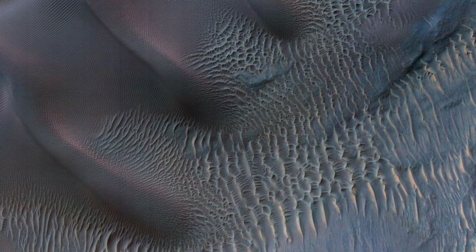 Billion-Year-Old Sand Dunes Preserved On Mars, Revealed By NASA