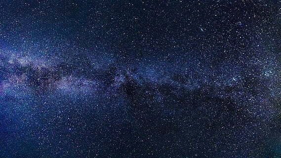 Could Alien Civilizations Exist in the Center of the Milky Way?