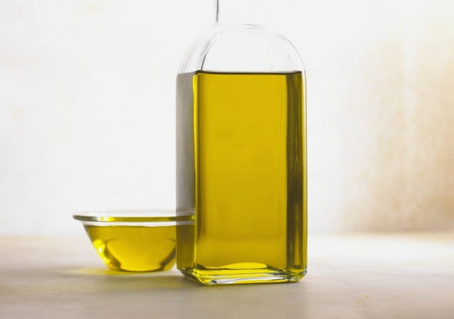 benefits of mustard oil and onion juice for hair