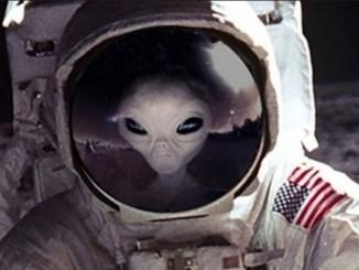 Mission Apollo 11: Astronaut's Alien Encounter