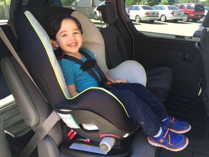 Forward facing car seat