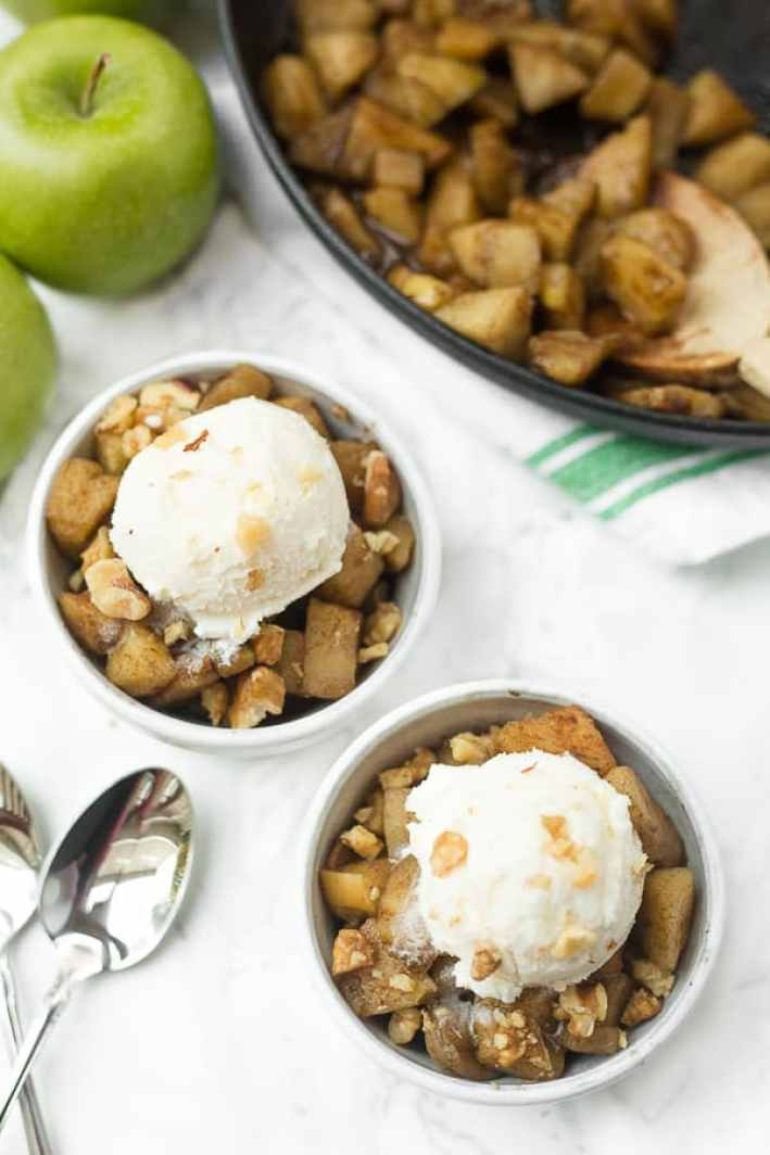 these cinnamon skillet apples are an easy, healthy dessert that tastes just like old-fashioned fried apples!